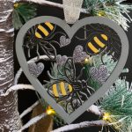 Pack of 3 Bee Heart Baubles 4
